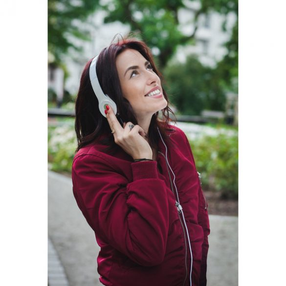 INTENSE headphones,  white