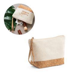 BLANCHETT. Cosmetic bag